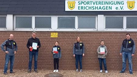Die Erstplatzierten mit dem Vorstand©Sportvereinigung Erichshagen