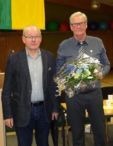 goldene Ehrennadel für Peter Linke