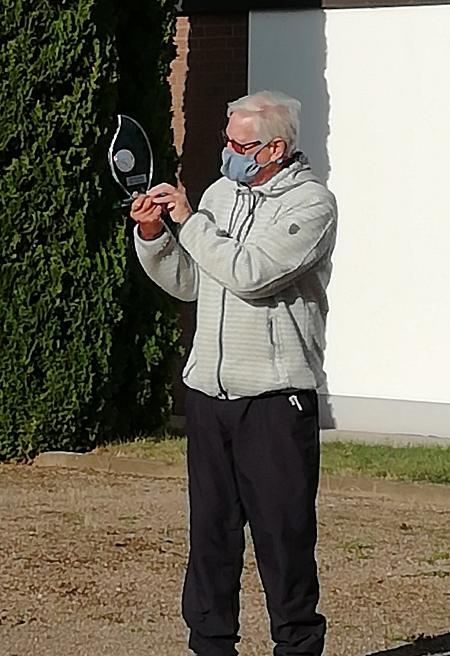 Peter mit Pokal©Sportvereinigung Erichshagen