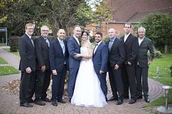 Teamfoto mit Braut